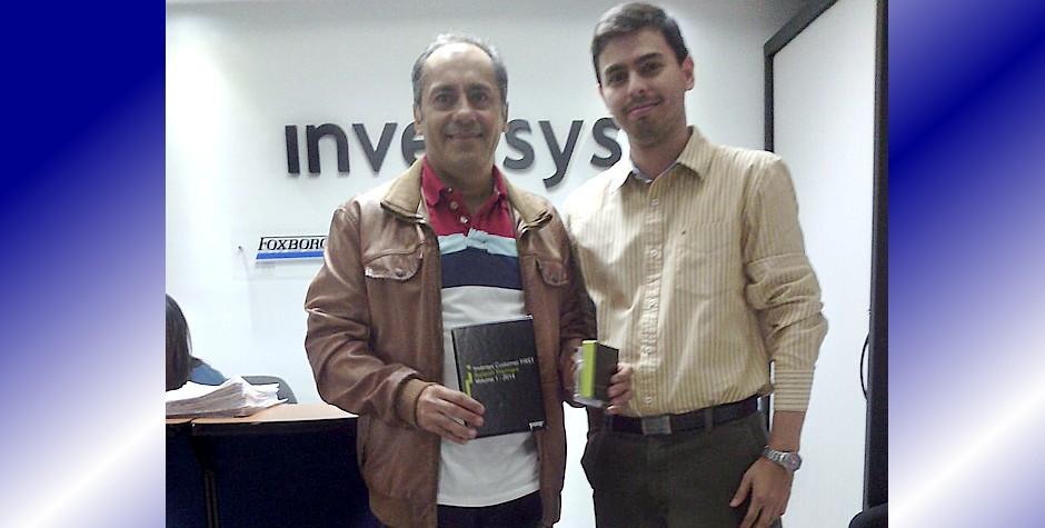 Representante de Rockwell Automation visita  la UNET