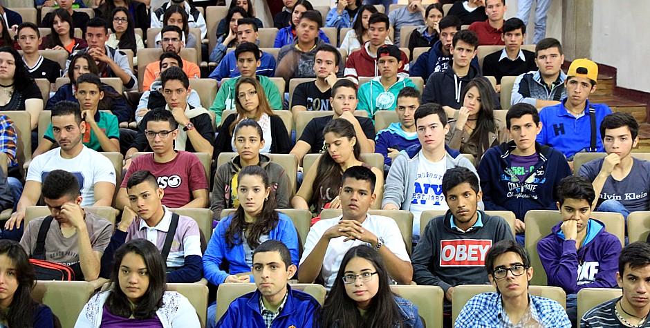 UNET da la bienvenida a alumnos de nuevo ingreso
