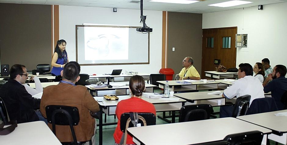 Culminó taller sobre evaluación de proyectos de servicio comunitario